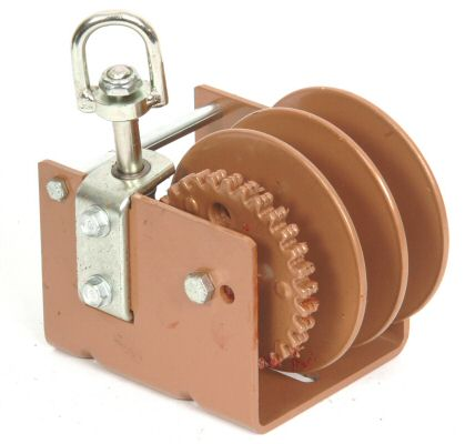 Trailer Winch Manual - Worm Gear - Dutton: 1500lbs - L & S/R