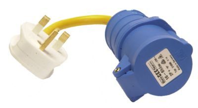 Caravan UK Hook-up Adaptor: 240v